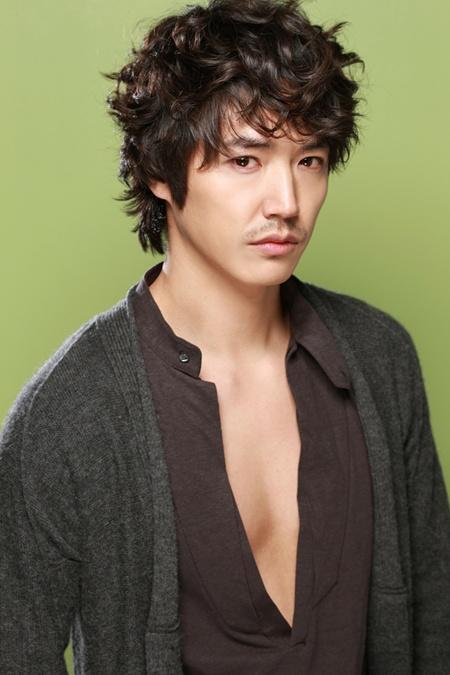 ユン・サンヒョンの画像 p1_32